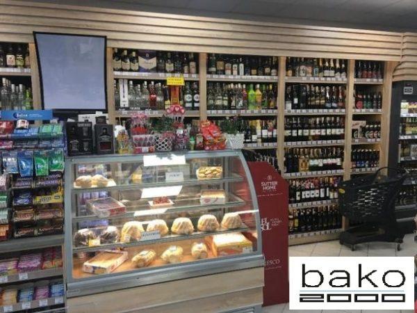 Regał-alkoholowy-wyposażenie-sklepów-regały sklepowe-Bako2000